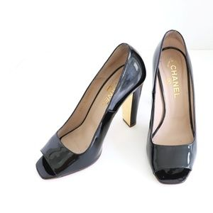 CHANEL Black Patent Leather Open-Toe Pumps